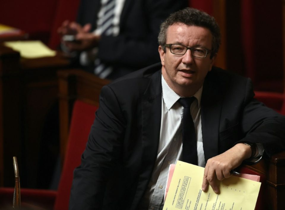 792363-christian-paul-le-24-juin-2015-a-l-assemblee-nationale-a-paris.jpg modified_at=1451297412&width=960
