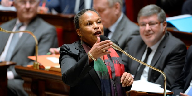 French Justice Minister Christiane Taubira speaks during the session of questions to the government at the National Assembly in Paris, on January 29, 2014. AFP PHOTO LIONEL / BONAVENTURE / AFP / LIONEL BONAVENTURE